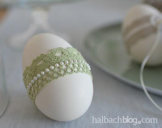 halbachblog: Ostereier basteln mit Spitze, Satin, Rüschenbänder, Rosenlitze und selbstklebenden Perlenstickern