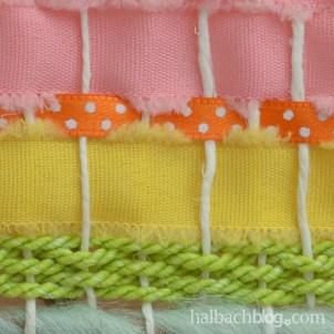 DIY-Idee halbachblog: Wandbehang weben mit bunten Bändern