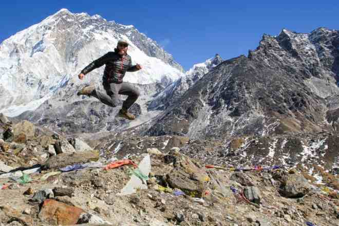 Nepal Jumping Lobuche