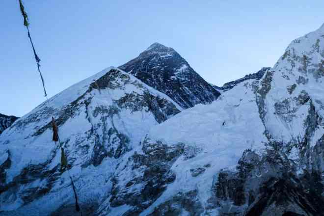 Everest Kala Patthar Sunrise