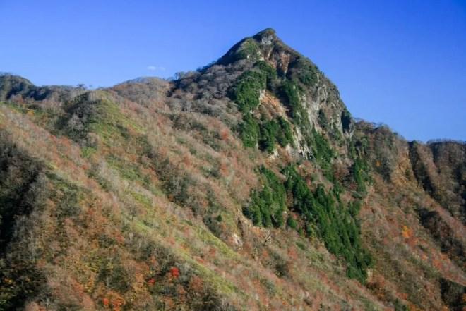 Kanmuriyama Summit