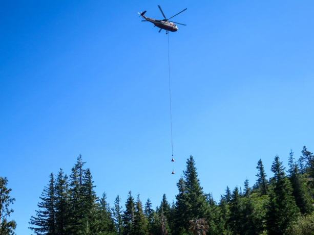 PCT NorCal Helicopter Water Drop