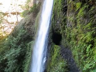 PCT Oregon Tunnel Falls Trail