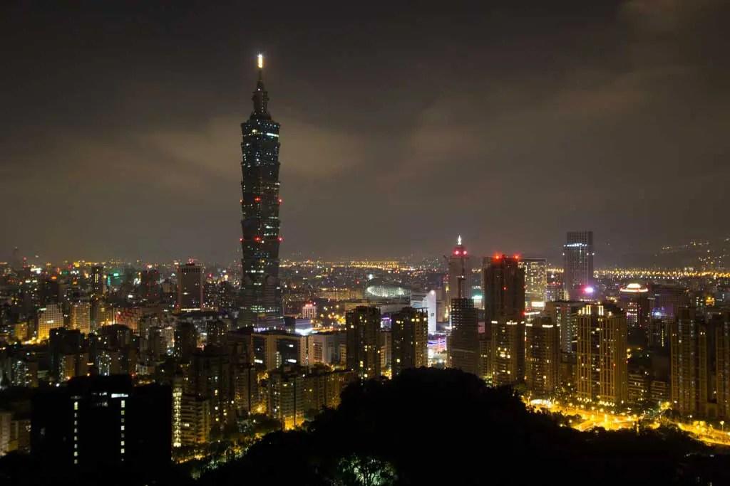 Taiwan-Taipei-Elephant-Mountain-View