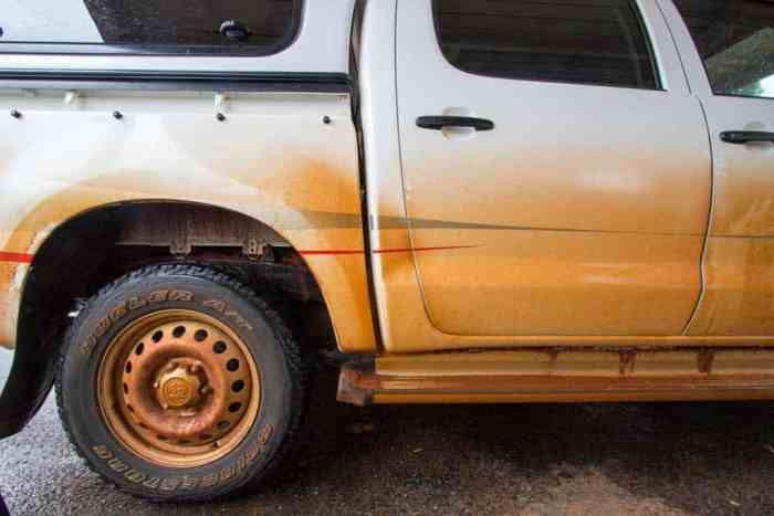 australia-erldunda-mud-car