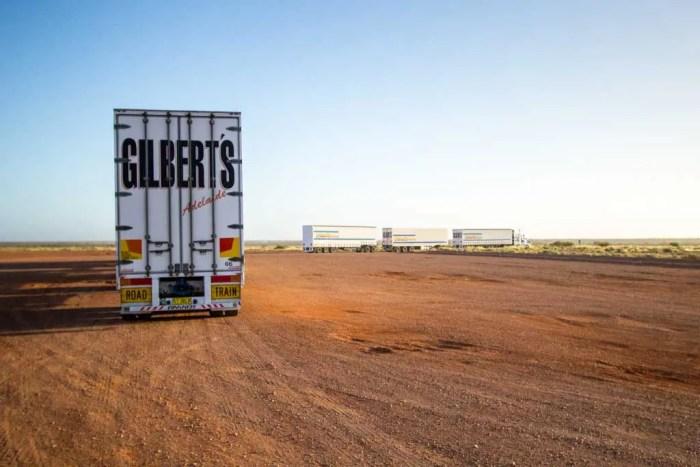 australia-outback-road-train-2