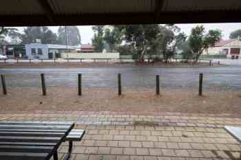 australia-town-rain