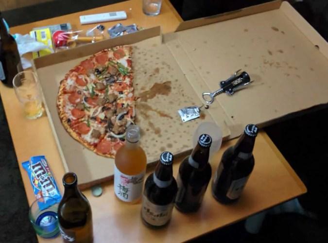 japan-costco-pizza