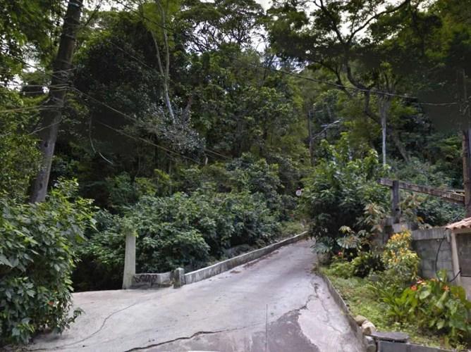 brazil-rio-de-janeiro-pedra-da-gavea-road-3