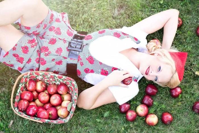 Apple-Lady
