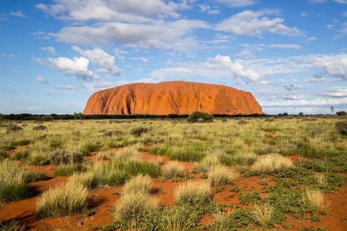 Australia-Bike-Tour-Outback-Uluru