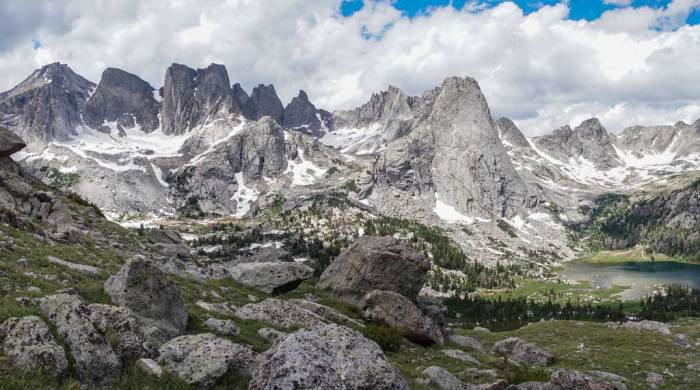 CDT-Wyoming-Wind-River-Cirque-of-the-Towers-Pano