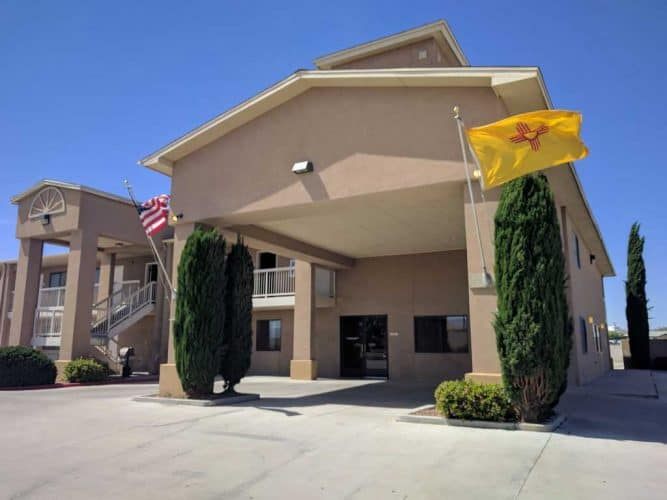 CDT-New-Mexico-Lordsburg-Econolodge