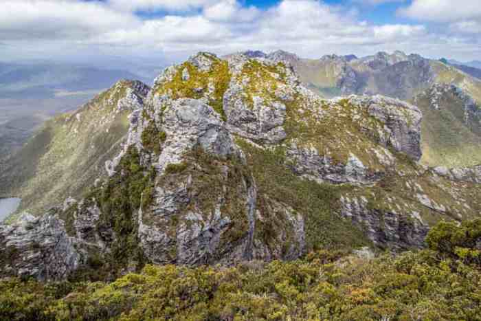 Tasmania-Western-Arthurs-Range-Look