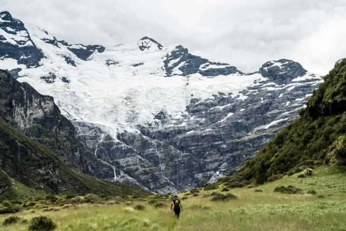 New-Zealand-Earnslaw-Burn-Track-Mountain