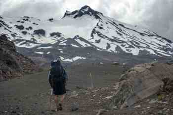 New-Zealand-Round-the-Mountain-Track-Mount-Ruapehu-Carlos
