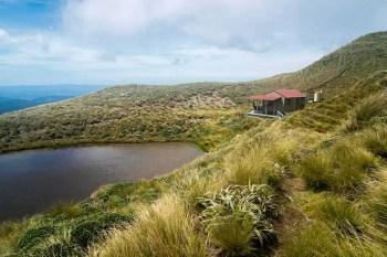 New-Zealand-Tararua-Range-Traverse-Maungahuka-Hut