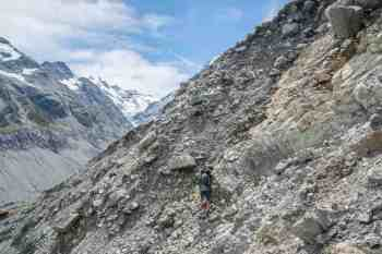 New-Zealand-Ball-Pass-Route-Hooker-Valley-Washout