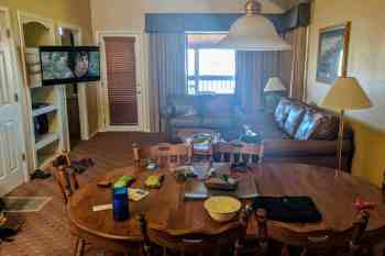CDT-Colorado-Pagosa-Springs-Hotel-Room