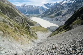 New-Zealand-Ball-Pass-Route-Scree-Downhill
