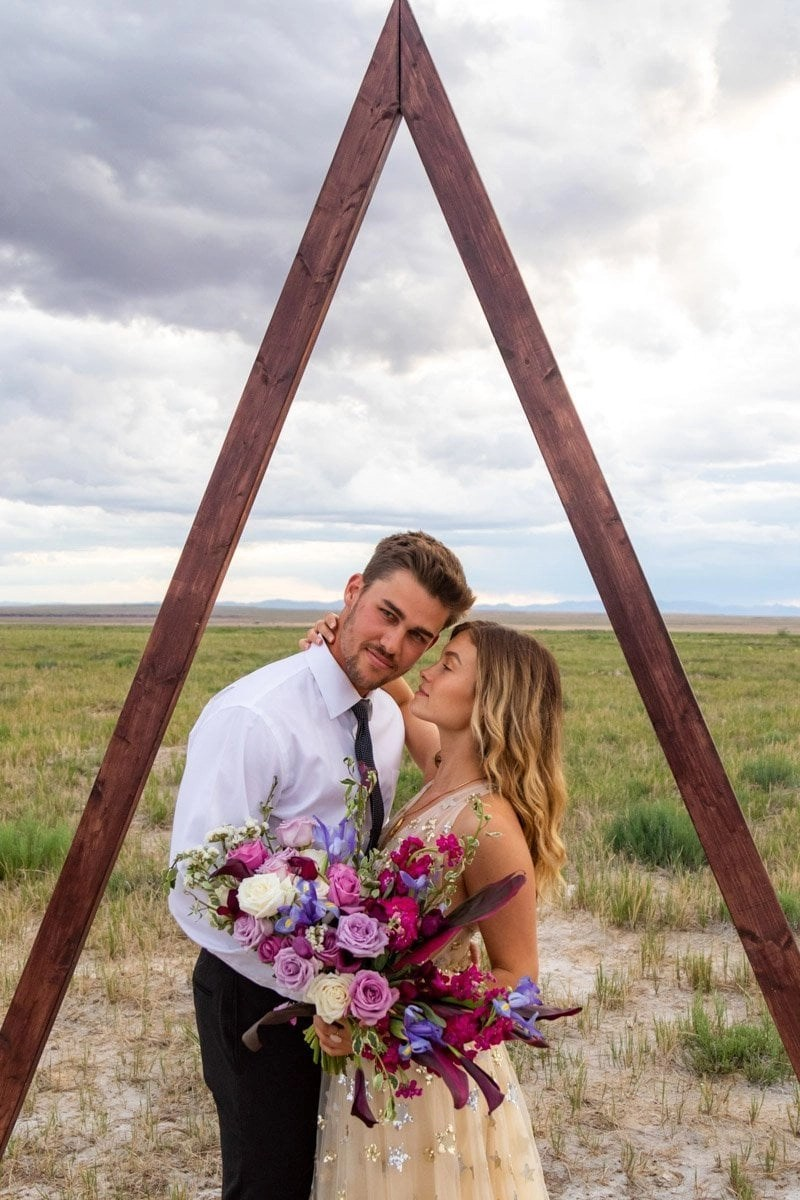 newlywed couple in utah