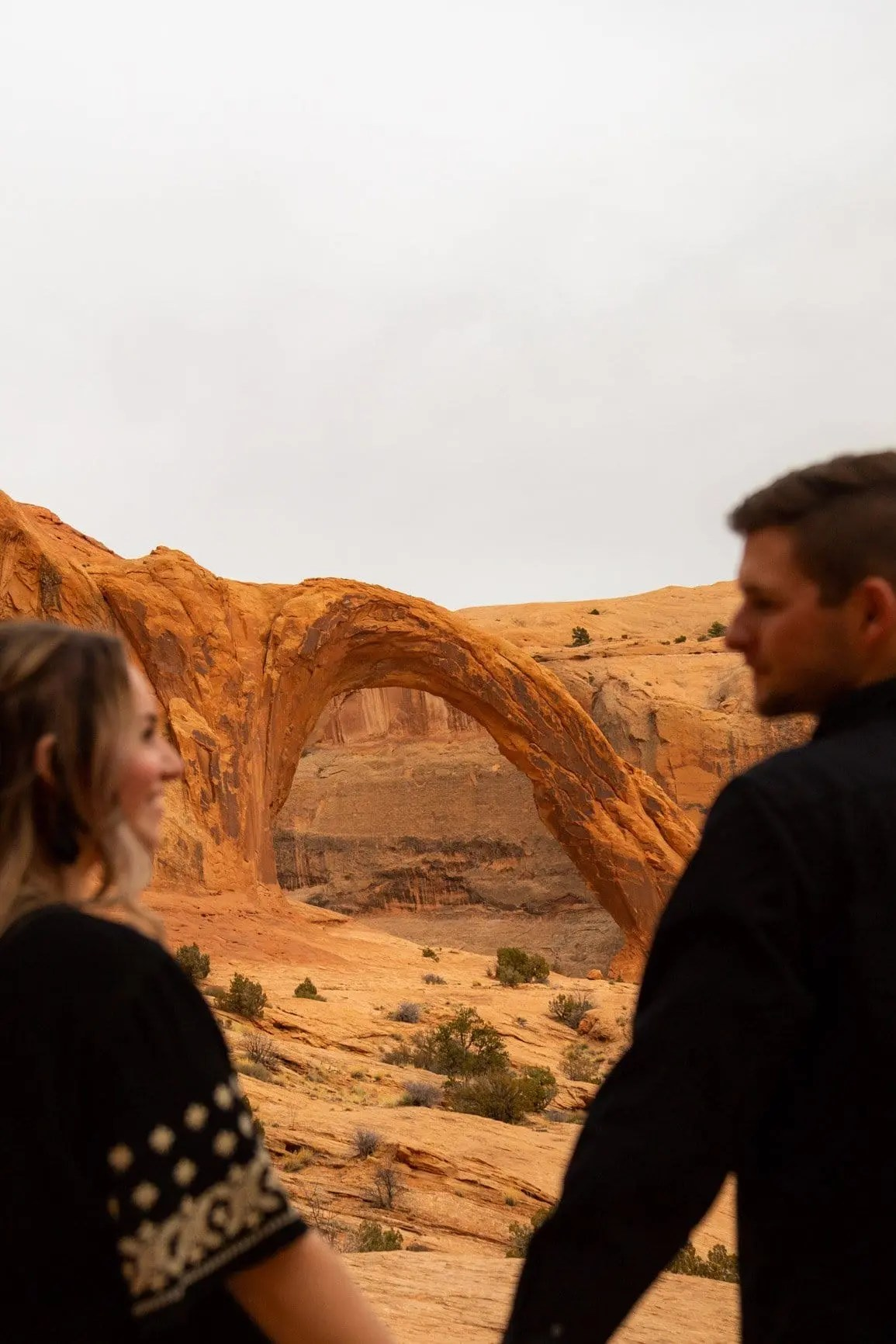 moab elopement photographer at the corona arch in utah