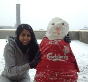 HalimaBobs with snowman