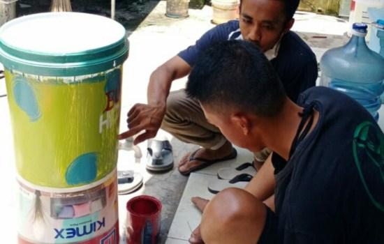 Untuk Kebersihan, Tong bekas di Ubah Jadi Alat Cuci Tangan