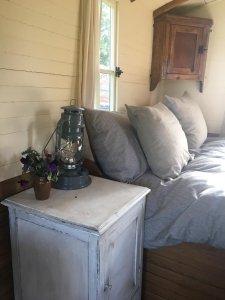 Shepherd's Hut luxury bedding