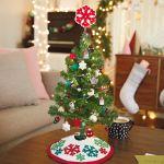 Miniature Red And Green Snowflakes Christmas Tree Skirt 12 Keepsake Ornaments Hallmark
