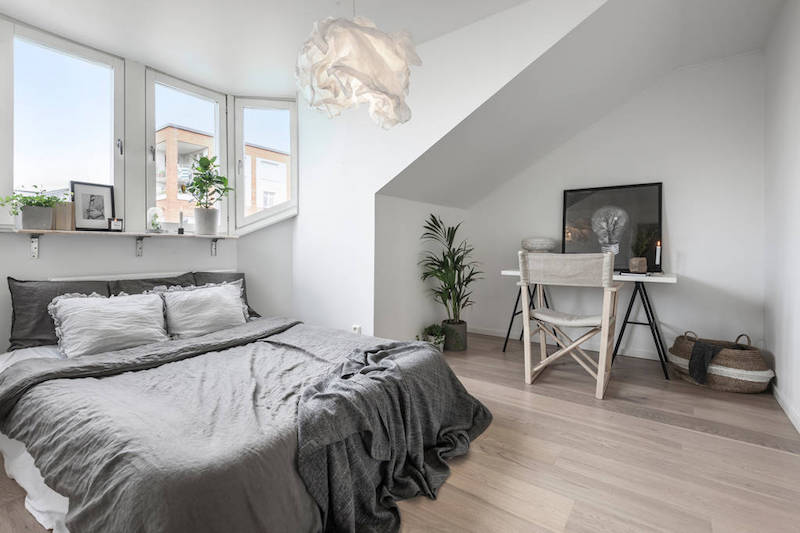 Earthy Interior Design Of A Compact Scandinavian Apartment Hall Of Homes