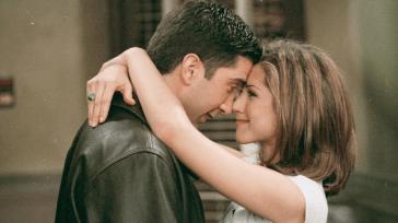 Jennifer Aniston e David Schwimmer chiariscono definitivamente il tipo di rapporto che hanno