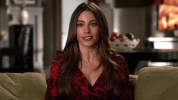 Modern Family – Sofia Vergara parla della fine della serie: «Molto preoccupata»