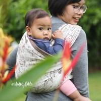 Babywearing : menggendong dengan aman & nyaman