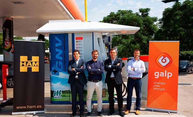 Grupo HAM y Galp han inaugurado en Cornellà, Barcelona, una estación de servicio que suministra gas natural comprimido, un combustible limpio y sostenible