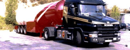 Grupo HAM fue pionera en España al ser la primera empresa en apostar por el uso del GNL en su flota de transporte, adquiriendo 10 tractoras en EEUU