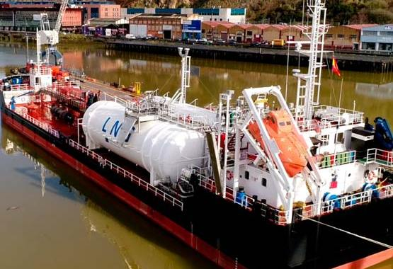 HAM ofrece a sus clientes diferentes servicios relacionados con el gas natural licuado en el sector marítimo