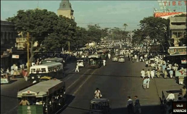 شاہراہ فیصل کا نام کس مشہور شخصیت کے نام پر رکھا گیا؟ جانیں کراچی کی مقبول سڑکوں کی دلچسپ تاریخ 2
