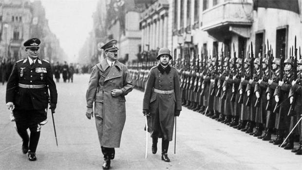 شادی رچائی، جشن منایا اور پھر خود کو گولی مار لی۔۔۔ ہٹلر کی زندگی کے آخری دنوں میں کیا حیرت انگیز واقعات رونما ہوئے؟ 5
