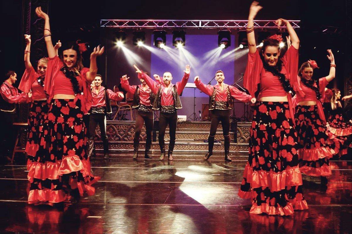 Hamazkayin's Knar Dance Ensemble Charms Artistic Crowd (Lebanon)