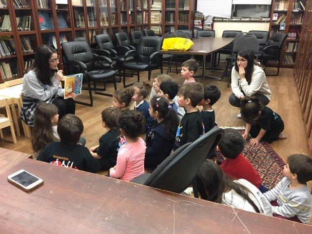 Children's Story Hour Takes Place in Canada