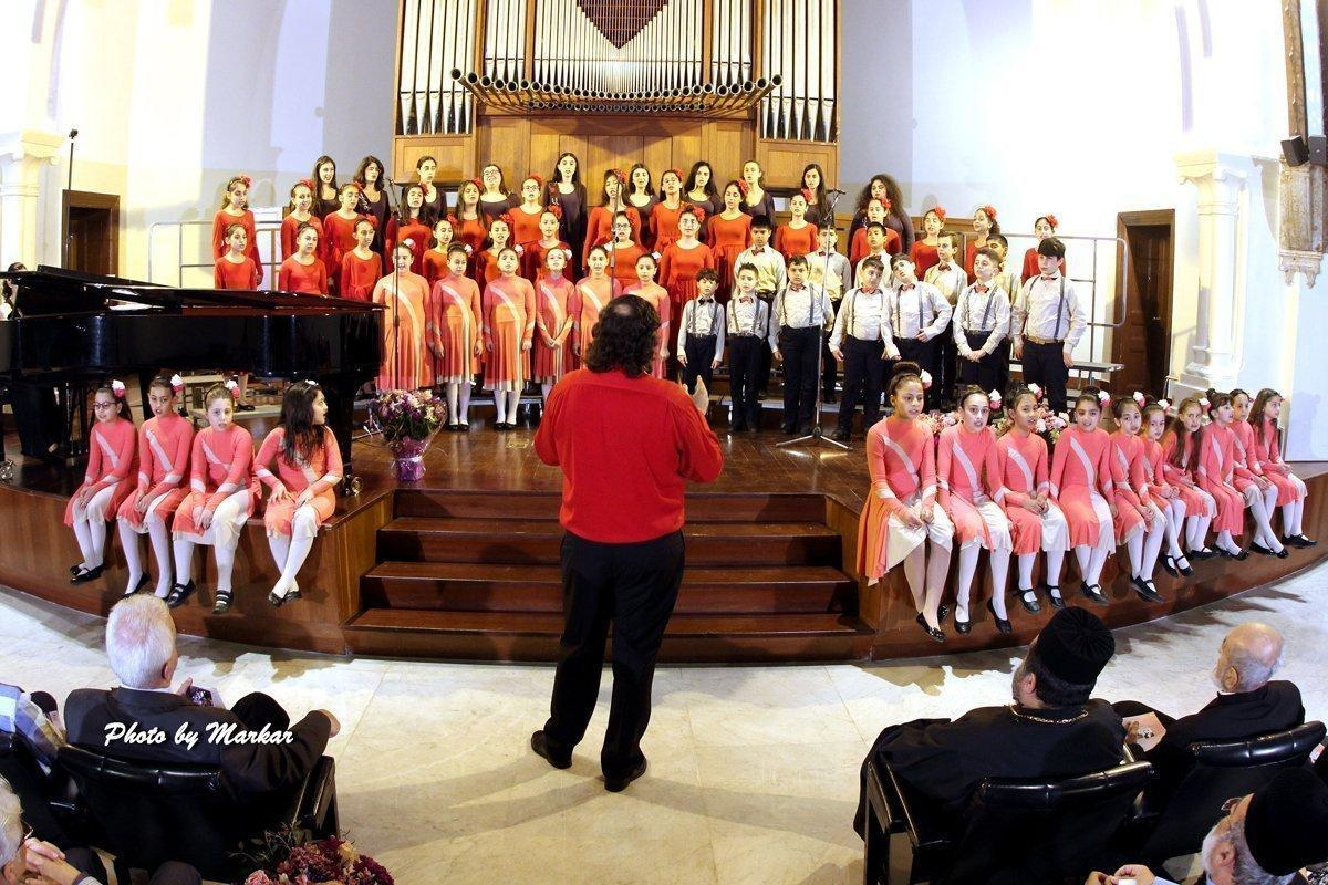 "Hamazkayin ""Gargach"" Children's Choir Holds Annual Concert in Beirut"