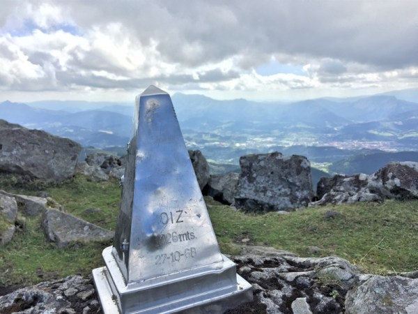 Nice summit marker on Oiz