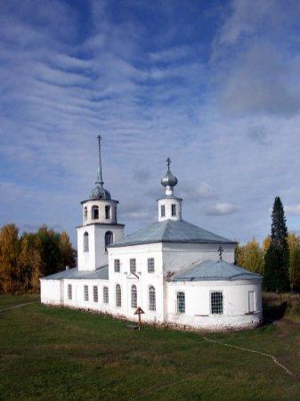 Храм св. прав. Артемия Веркольского. Фотография Л.М. Сосниной