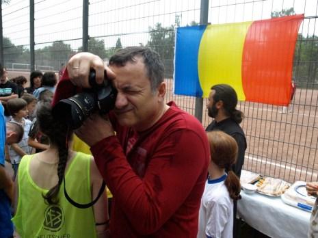 Николай фотографирует