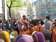 Пасха 2009. Утреннее воскресное богослужение. Крестный ход