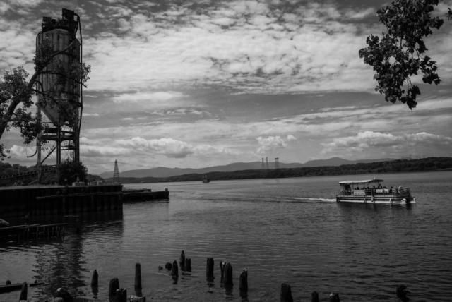 hudson-waterfront