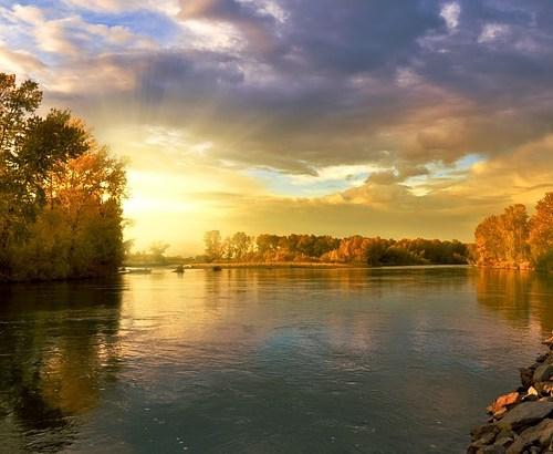 Noviembre, el penúltimo de la fila y el devenir de un río