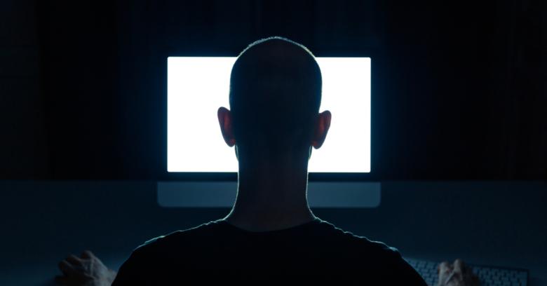 Méfiez-vous des sextorsionnistes usurpant votre propre adresse e-mail