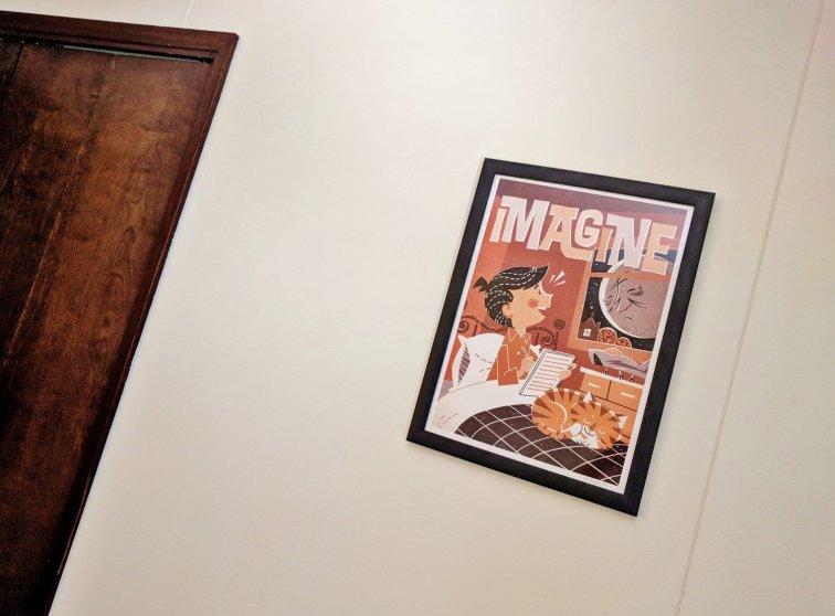 Retro art print in guest room